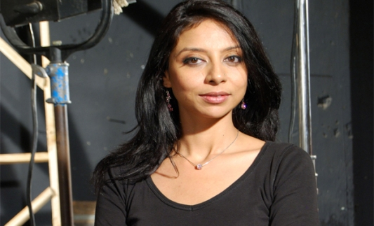 celebrities who owned licensed guns once in lifetime-madhureeta anand